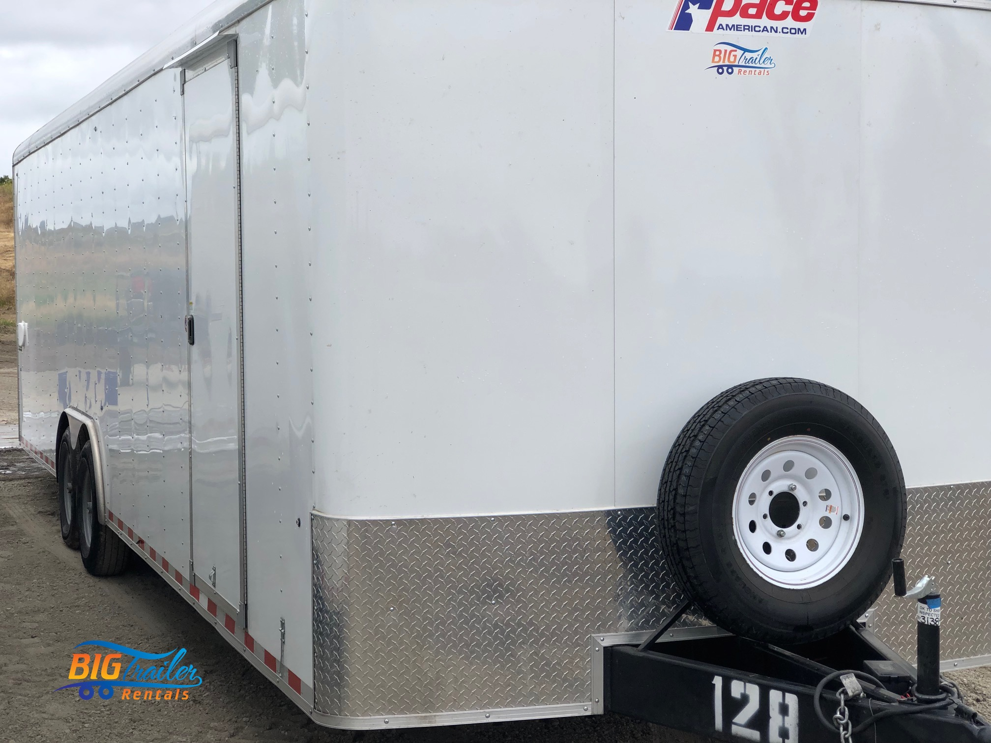 enclosed trailer rental near me