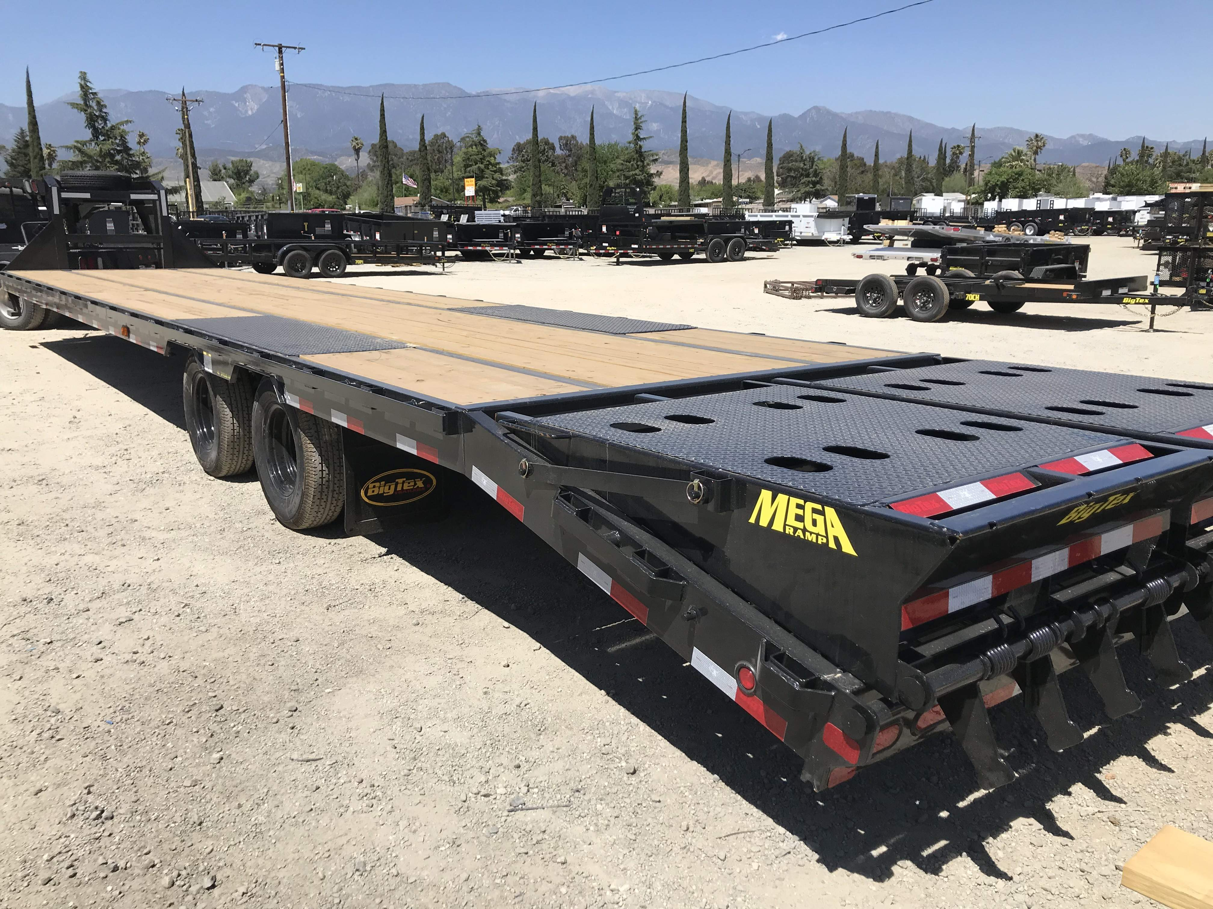 Gooseneck Flatbed Trailer Rental Near Me