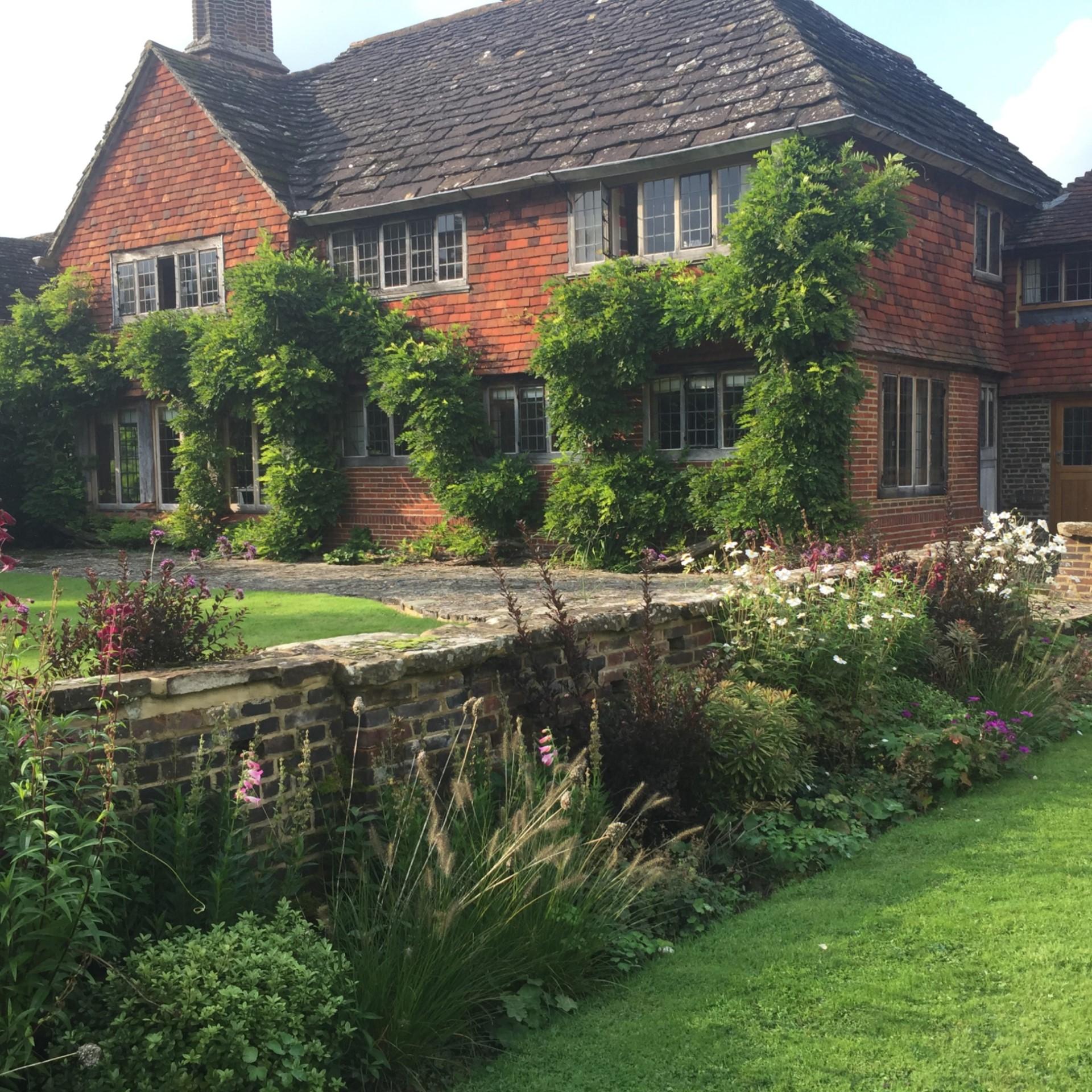 Landscape Design Surrey: Laurel Hill Gardens: Landscape Garden Design In The Surrey